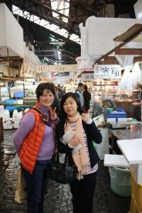 Yukari at Tsukiji 5