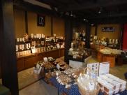Marutaka shop